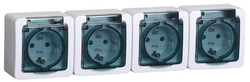 Розетка 4-м ОП Гермес Plus РСб24-3-ГПБд 16А IP54 с заземл. с дым. крышкой бел. IEK ERMP42-K03-16-54-EC